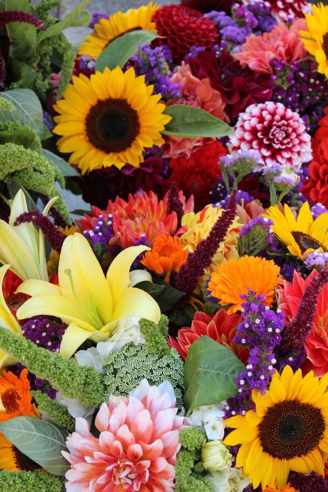 flowers-1323632_1920